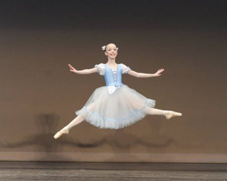 Greenwich Ballet Academy dancer Elizabeth Beyer wows the judges at the Youth America Grand Prix competition.