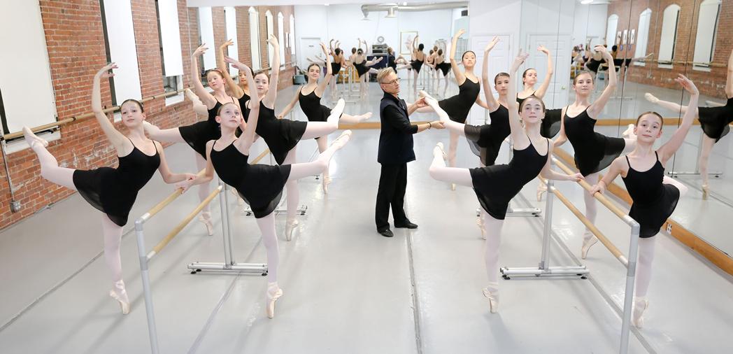 yuri-dancers-barre-full